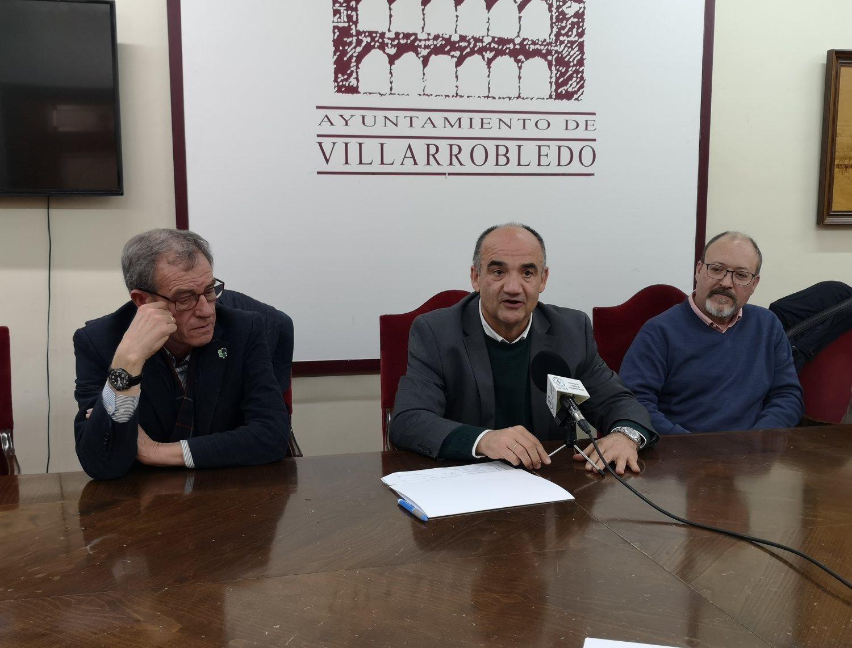 ENTREGA DE DINERO ASOCIACIONES CONCIERTO FRANCISCO