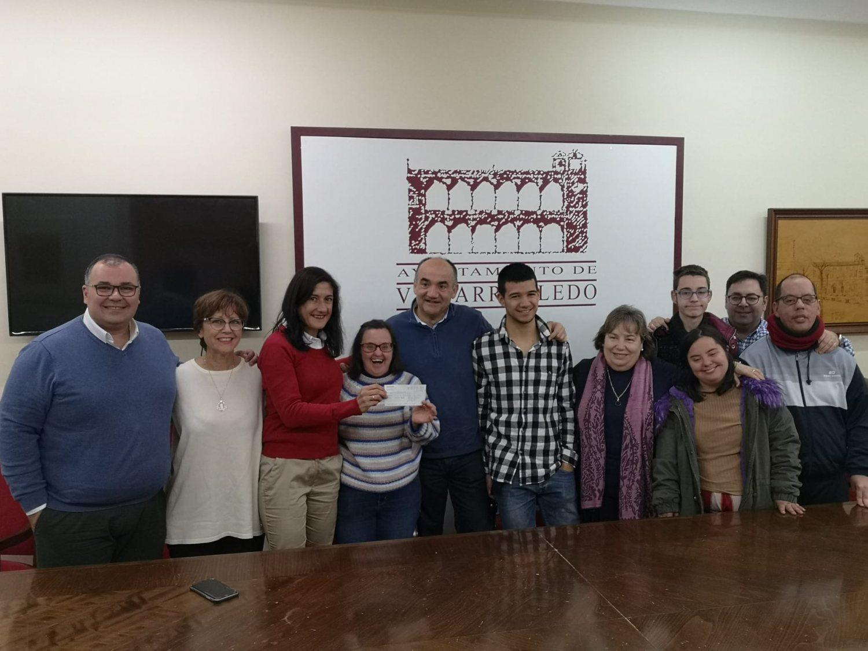 Entrega cheque AMEV a Asprona 3