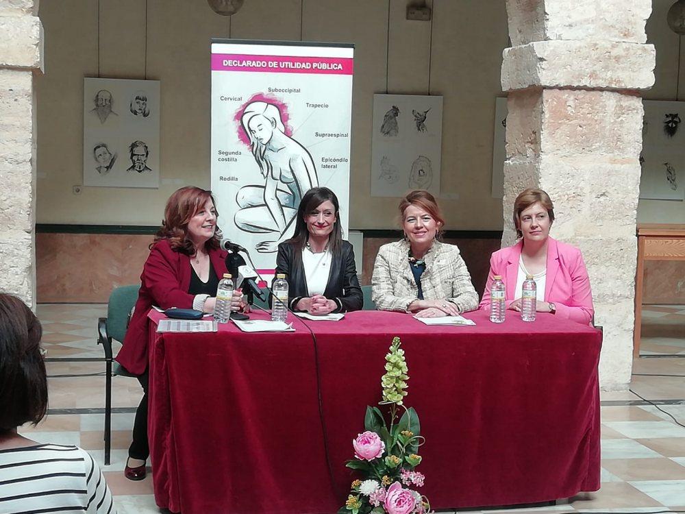 El Gobierno Municipal acompaña a Afibrovi en el acto d lectura del Manifiesto en el marco del Día Internacional de la Fibromialgia y Fatiga Crónica