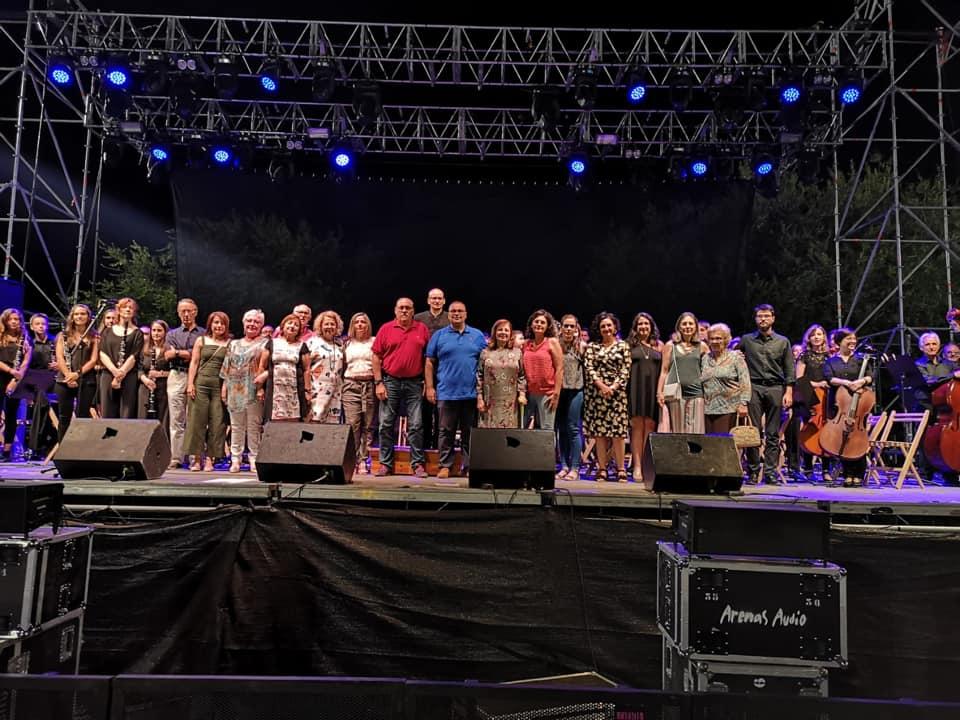 concierto Francisco junto a Banda de Musica 6