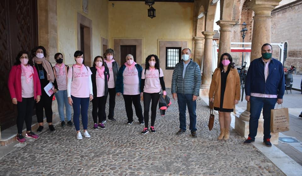 Día Mundial Cáncer de Mama chicas 10