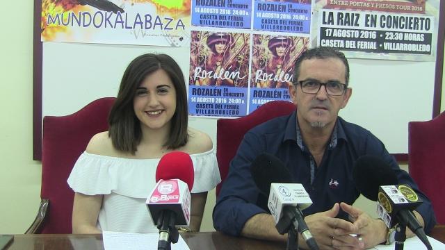 Imagen de los concejales Juan Santos y Cristina Torres.
