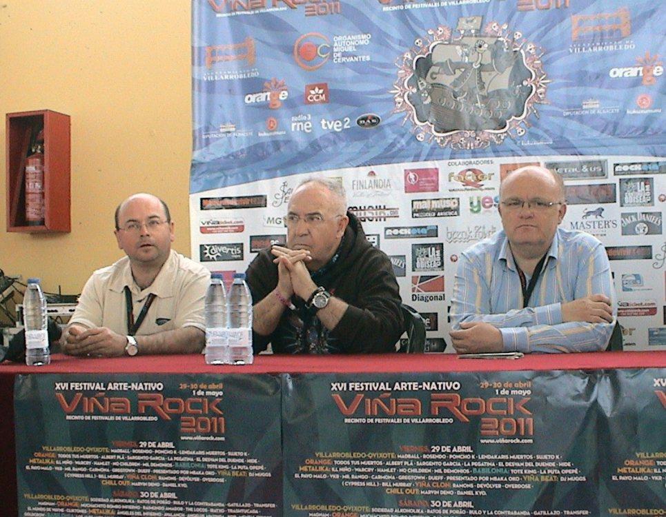 A la izquierda Antonio Arribas (ex concejal de Cultura), a la derecha Pedro Antonio Ruiz (ex Alcalde).